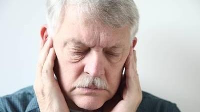 Man experiencing toothache in Concord, NH